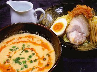 海鮮乾貨豚骨つけ麺