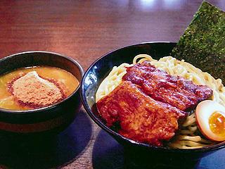 濃厚魚介醤油つけ麺