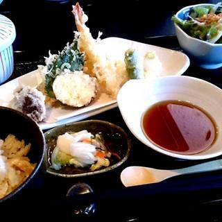 【木曜】季節の天ぷらランチ