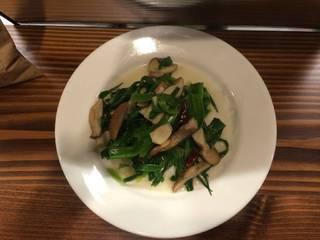 甘草菜とキノコの大蒜風味炒め