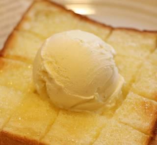 国産はちみつのバタートースト