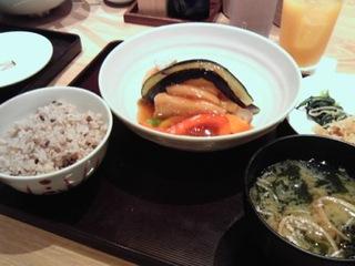 豆腐と野菜の黒酢あんかけ