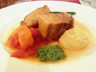 ポークバラ肉のブロード煮込み サルサベルデ添え