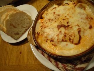 鶏挽肉とじゃが芋のクリームグラタン ナツメグ風味