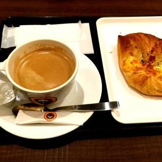 日替りパンモーニング コーヒーセット