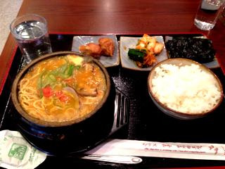 味噌チゲラーメン定食