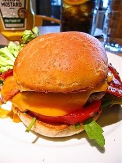 BLTチーズバーガー