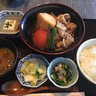 東京とまと肉じゃが