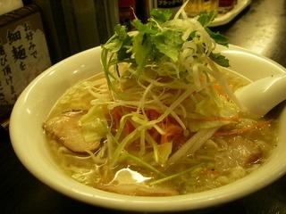 とろみスープの香味野菜ラーメン