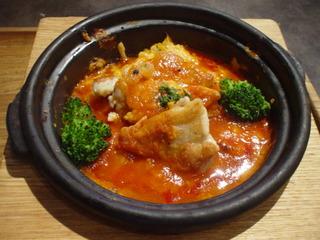 グリルチキンのピリ辛トマトソースドリア