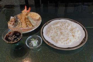 季節限定品、1日10食限り 「天ぷら稲庭」、 1180円