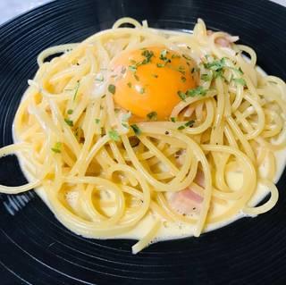 味噌カルボナーラ
