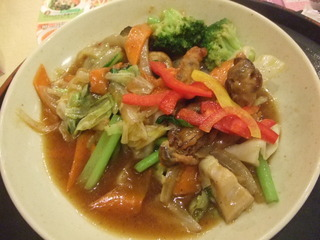 広島県産かきと野菜のソテー