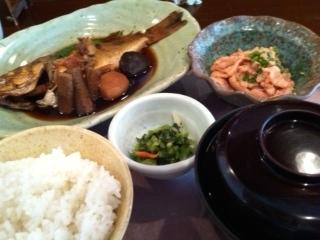 魚の煮付け定食