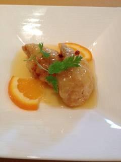 白身魚の揚げ物オレンジソース