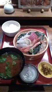 選べる刺身三種盛り定食