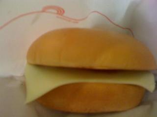 モスワイワイチーズバーガー