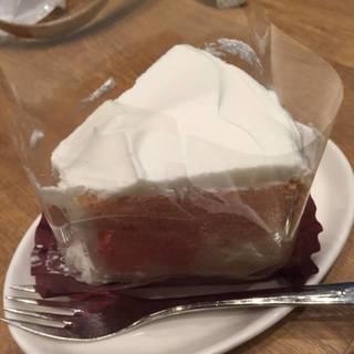 山梨県産桃のシフォンケーキ