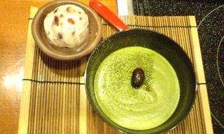 抹茶のムースと小豆アイス