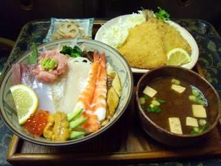女将おすすめ海鮮丼セット