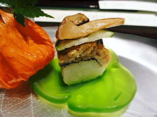 炙り松茸と鱧寿司