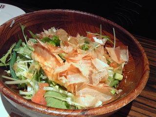 蒸し鶏と野菜の鰹風味のサラダ
