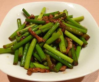 豚肉とニンニクの芽の炒め