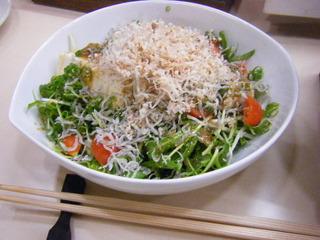 シラスと豆腐のサラダ