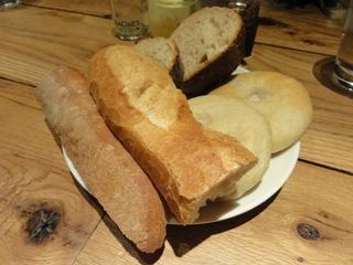 パン盛り合わせ