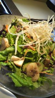 サンチュと平貝のごま塩サラダ