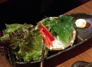 サムギョプサルの別盛りサラダ