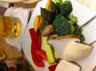 野菜のオリーブオイル溶岩焼き