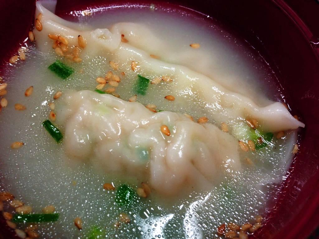 鶏白湯餃子