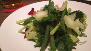 温野菜のサラダ ゴルゴンゾラソース