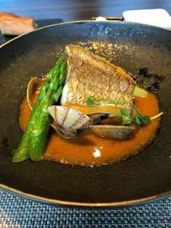 黒鯛のポワレオマール海老のスープ仕立て