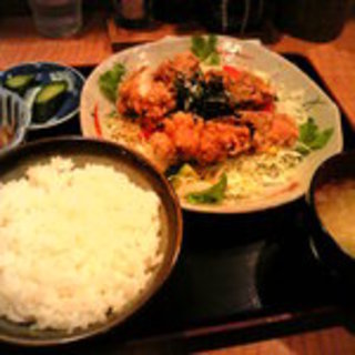 鶏唐サラダ定食