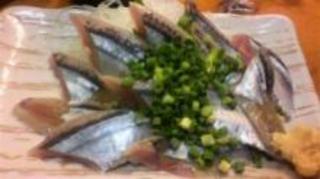 新秋刀魚のお刺身