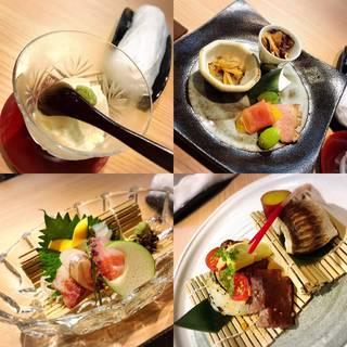 鮮魚、肉、揚物、おばんざいと当店おすすめのお料理を味わえる『4,950円コース』
