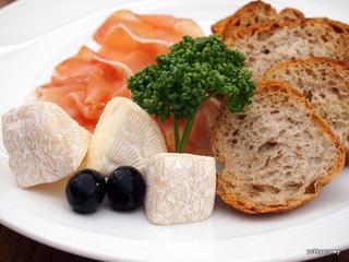 自家製和風生ハム&チーズ