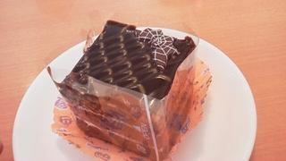 チョコとキャラメルのケーキ