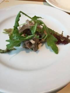 牛タンのオイル漬け(ランチの前菜)