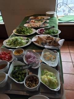 前菜サラダのビュッフェ
