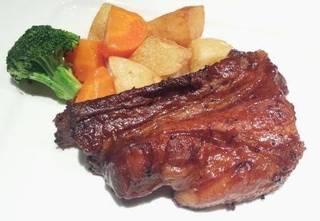 豚肉のソテー 生サンバルソース