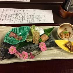 割烹旅館 富士見荘