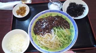 ジャージャー麺のセット