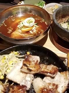 OBONランチ サムギョプサル定食