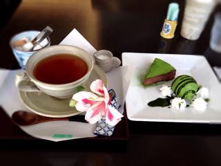 抹茶のショコラケーキ