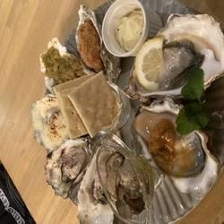 魚介イタリアン×チーズ食べ放題 UMIバル 新宿店