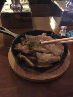 イベリコ豚のガーリック焼き