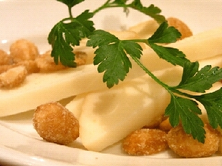 スカルモルッツァとハニーバターのナッツ